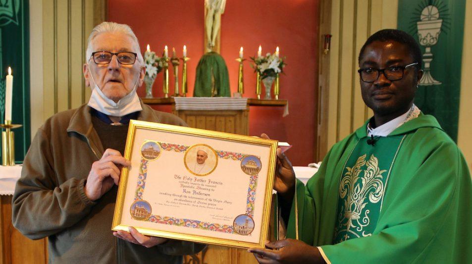 Bene Merenti for Fintry parish worker